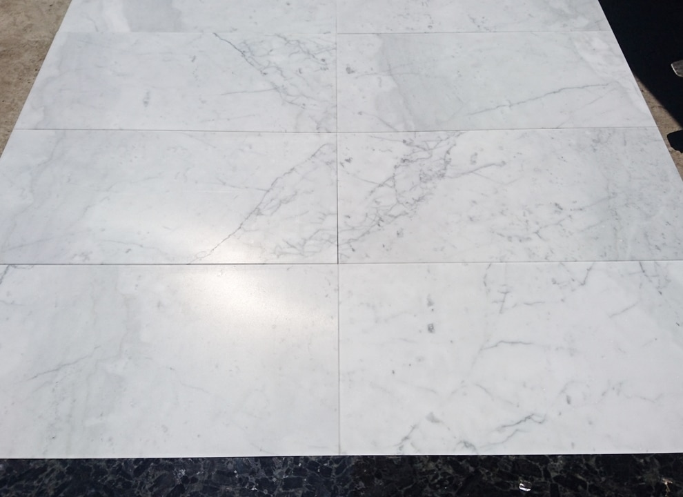 Bianco Carrara Gioia mat