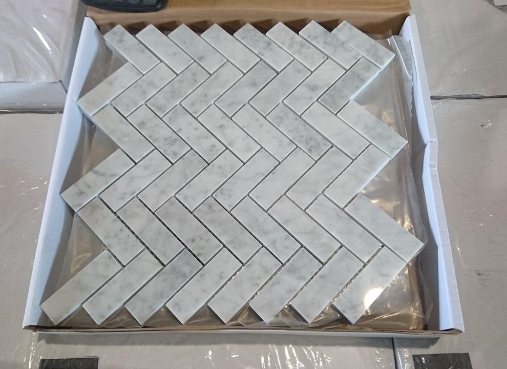 Mozaika Jodełka Bianco Carrara Włoski Marmur Do Kuchni I