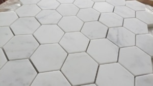 HEXAGON Bianco Carrara matowa