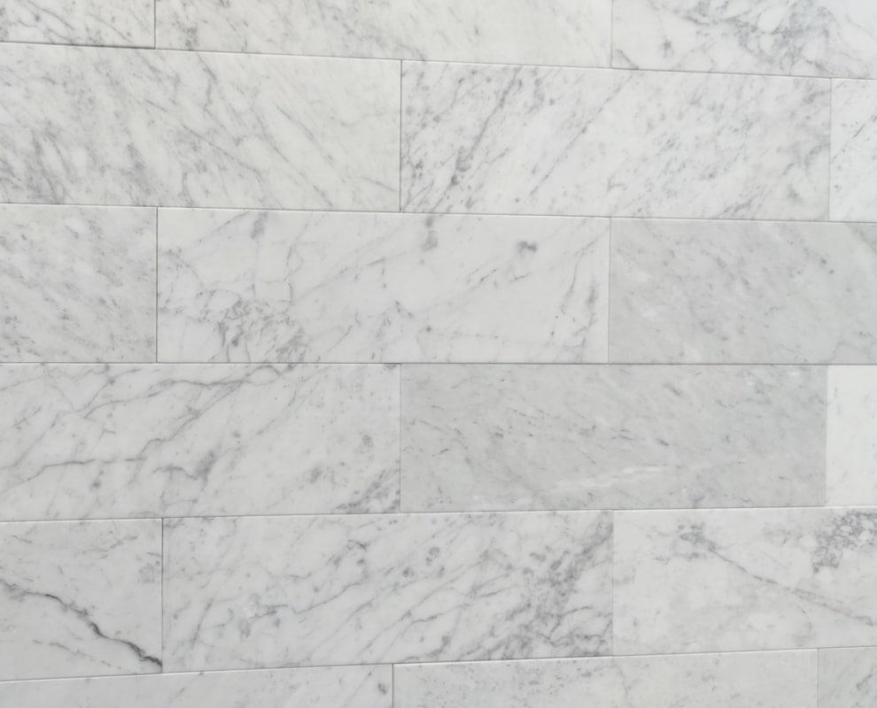 LONG SUBWAY Bianco Carrara mat